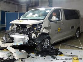 Peugeot Traveller - Frontal Offset Impact test 2015 - after crash