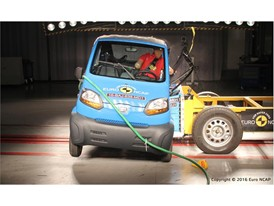 Bajaj Qute  Side crash test 2016