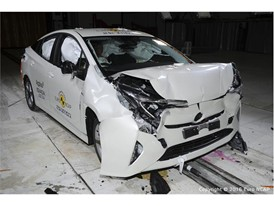 Toyota Prius - Frontal Full Width test 2016 - after crash
