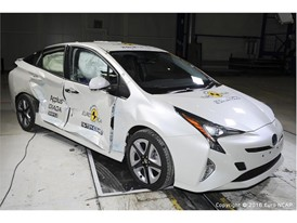 Toyota Prius  - Side crash test 2016 - after crash