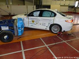 Alfa Romeo Giulia- Side crash test 2016 - after crash