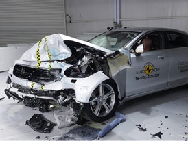 Volvo S90 - Frontal Offset Impact test 2017 - after crash