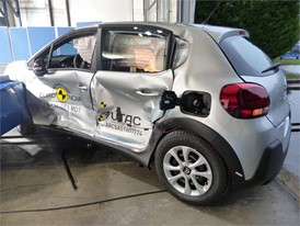 Citroën C3  - Side crash test 2017 - after crash