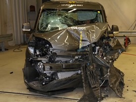 Fiat Doblo - Frontal Offset Impact test 2017 - after crash