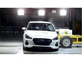 Hyundai I30 - Side crash test 2017