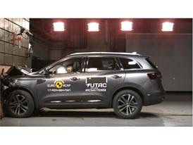 Renault Koleos- Frontal Full Width test 2017