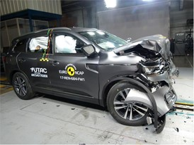 Renault Koleos- Frontal Full Width test 2017 - after crash