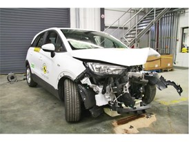 Opel/Vauxhall Crossland X - Frontal Offset Impact test 2017 - after crash