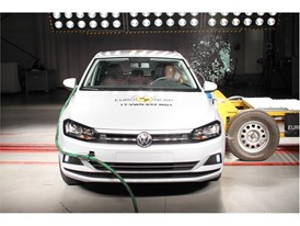 VW Polo - Side crash test 2017