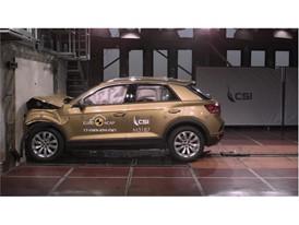 VW T Roc - Frontal Full Width test 2017