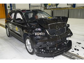 Skoda Karoq - Frontal Full Width test 2017 - after crash