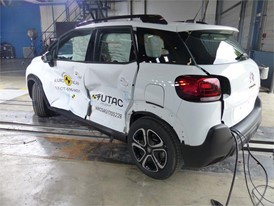 Citroën C3 Aircross - Side crash test 2017 - after crash