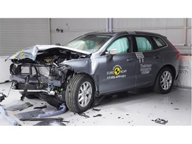 Volvo XC60 - Frontal Offset Impact test 2017 - after crash