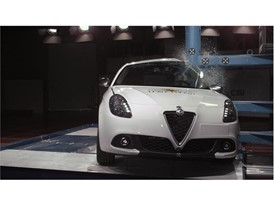 Alfa Romeo Giulietta - Pole crash test 2017