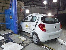 Opel Karl - Pole crash test 2017 - after crash