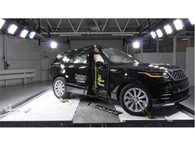 Range Rover Velar - Pole crash test 2017 - after crash