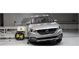MG ZS - Side crash test 2017
