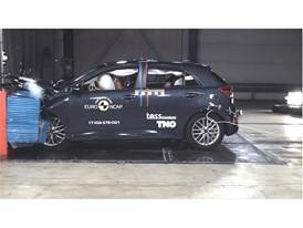 Kia Rio - Frontal Offset Impact test 2017