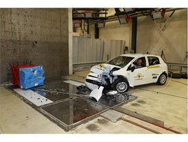 Fiat Punto - Frontal Offset Impact test 2017 - after crash