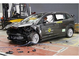 Ford Grand C-MAX - Frontal Offset Impact test 2017 - after crash