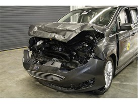 Ford Grand C-MAX - Frontal Full Width test 2017 - after crash