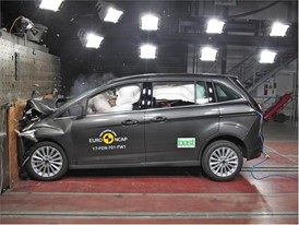 Ford Grand C-MAX - Frontal Full Width test 2017