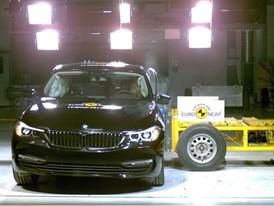 BMW 6 Series GT - Side crash test 2017