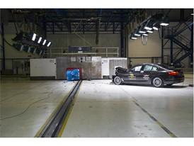 BMW 5-series - Frontal Offset Impact test 2017 - after crash