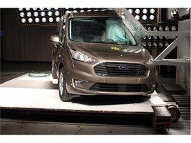 Ford Tourneo Connect - Pole crash test 2018