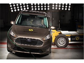 Ford Tourneo Connect - Side crash test 2018