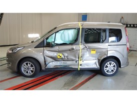 Ford Tourneo Connect - Side crash test 2018 - after crash