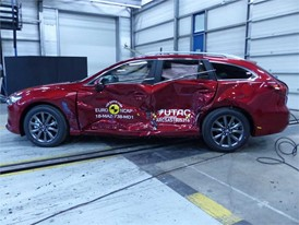 Mazda 6 - Side crash test 2018 - after crash