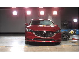 Mazda 6 - Side crash test 2018