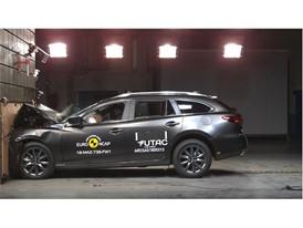 Mazda 6 - Frontal Full Width test 2018