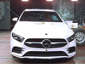 Mercedes-Benz A Class - Side crash test 2018