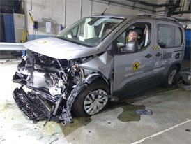 Opel/Vauxhall Combo - Frontal Offset Impact test 2018 - after crash