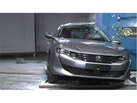 Peugeot 508 - Pole crash test 2018