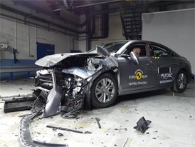 Peugeot 508 - Frontal Offset Impact test 2018 - after crash