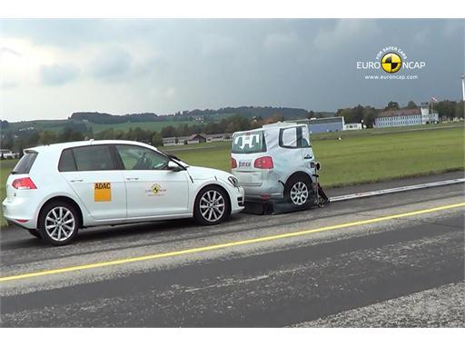 VW Golf - AEB Tests 2013