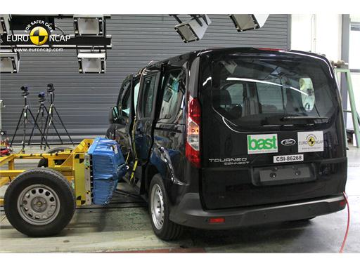 Ford Tourneo Connect -Side crash test 2013 - after crash