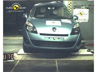 Renault Grand Scenic -  Euro NCAP Results 2009