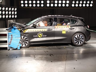 Ford Focus - Euro NCAP Results 2018