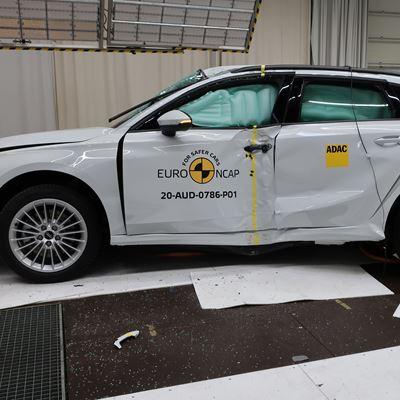 Audi A3 - Side Pole test 2020 - after crash