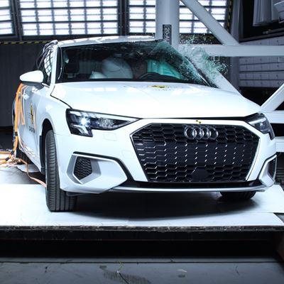 Audi A3 - Side Pole test 2020