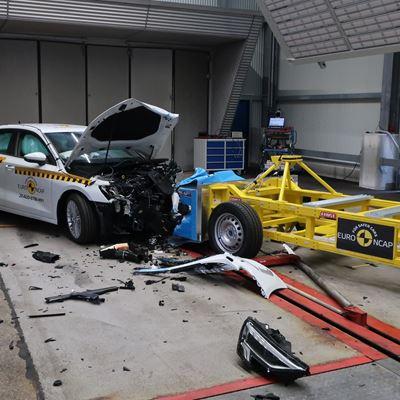 Audi A3 - Mobile Progressive Deformable Barrier test 2020 - after crash