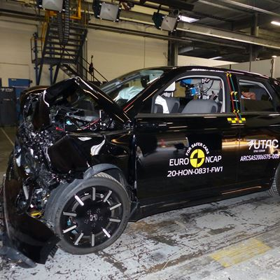 Honda e - Full Width Rigid Barrier test 2020 - after crash