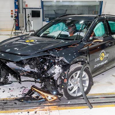 Cupra Formentor - Mobile Progressive Deformable Barrier test 2021 - after crash