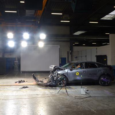 Citroën C4 - Full Width Rigid Barrier test 2021 - after crash