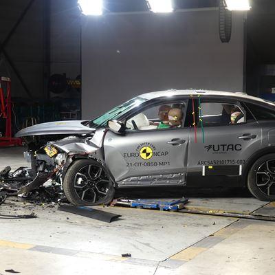 Citroën ë-C4 - Mobile Progressive Deformable Barrier test 2021 - after crash