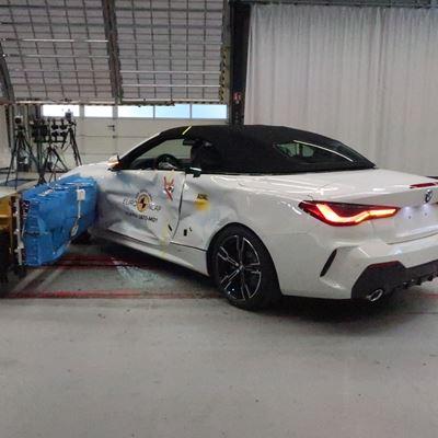 BMW 4 Series Convertible - Side crash test 2019 - after crash